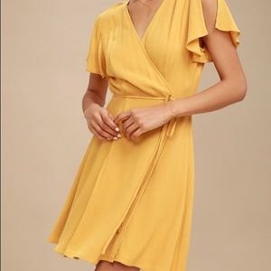 NWOT Lulu's Mustard Wrap Dress